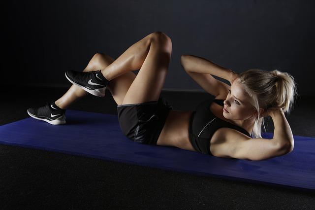 胸の筋肉をつける筋トレ方法
